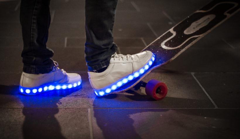 d7ca0747def533 LED Schuhe - Leuchtende Sneaker   Leuchtschuhe