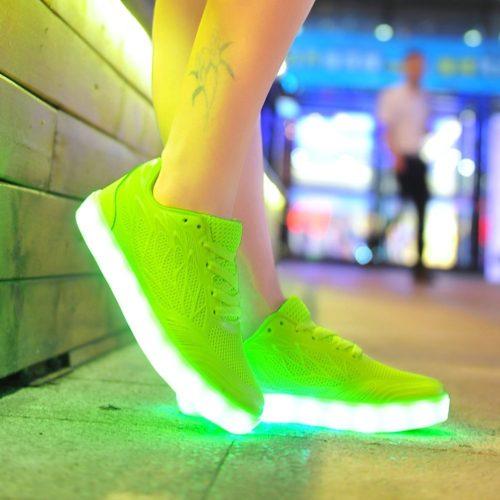 the best attitude 8fb26 19985 LED Schuhe - Leuchtende Sneaker & Leuchtschuhe